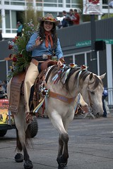 Beautiful Horse & Rider (Scott 97006) Tags: horse ride woman pretty wave flowers parade