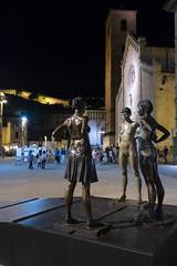 Pietrasanta (HSlights) Tags: toscana pietrasanta piazza lusso versilia statua