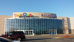 """...and Now (Retail Retell) Tags: toys""""r""""us memphis tn commons wolfcreek wolfchase galleria concept 2000 exterior geoffrey giraffe retail liquidation closing bankruptcy going out business former toy store toys r us shelby county babies babies""""r""""us"""
