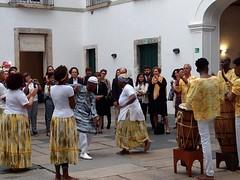 dança da vida (luyunes) Tags: jongo jongueiros manifestação festa festapopular movimento dança culturapopular cultura cidadedevassouras brasil culturabrasileira mobilephotographie mobilephoto motozplay luciayunes beleza beauty