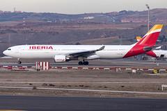 EC-MAA Iberia A330-300 Madrid Barajas (Vanquish-Photography) Tags: ecmaa iberia a330300 madrid barajas lemd mad madridbarajas madridbarajasairport madridairport barajasairport vanquish photography vanquishphotography ryan taylor ryantaylor aviation railway canon eos 7d 6d 80d aeroplane train spotting