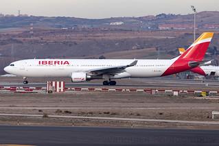 EC-MAA Iberia A330-300 Madrid Barajas