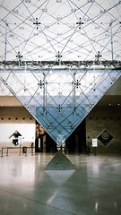 Louvre Rivoli (http://madisonkennedyblog.com) Tags: madisonkennedy madison kennedy photography travel discover explore pyramid louvre museum geometrical beautiful city urban paris france art architecture