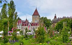 Château d'Ouchy (Diegojack) Tags: lausanne vaud suisse d7200 monuments château ouchy jardin fleuri public place général guisan groupenuagesetciel
