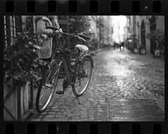 Italy MX Delta 400 064a (Jonathan_in_Madrid) Tags: film italy rome 2018 pentaxmx ilforddelta400 blackwhite epsonv500 m50mmf17