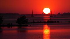 PGH59771 (klangcharakter) Tags: meer zeewolde holland niederlande urlaub sonne schiffe hafen panasonic gh5 lumix mft leica 100400mm f4063 iso100 1200sek natur nature abend abenddämmerung dämmerung