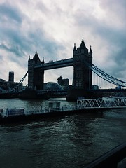 (maycambiasso98) Tags: love friends travel cold light day sun winter blue england inglaterra puente puentedelondres torre torredelondres tower londontower londonbridge londres bridge london