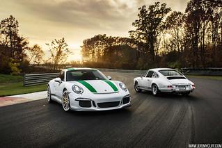 Porsche 911R x 2