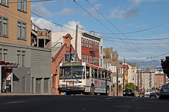 MUNI Nr. 8040 North Point & Hyde (Bus und Bahn by SF) Tags: sanfrancisco muni dieselbus autobus ausgemustert nabi 415 usa dienstfahrt betriebsfahrt leerfahrt