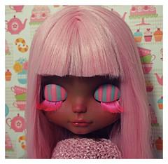 🍭🍨🍦marshmallow🍭🍨🍦 (ninim.oo.n) Tags: factoryblythe custom ooak dark tan black pinkhair azone