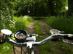 Riding to Soulbury from Stoke Hammond (cycle.nut66) Tags: raleigh esquire steel classic british bicycle chrome handebars huret speedometer speedo syurmey archer headlight dynoohub three speed trigger shifter bell bridelway bridlepath path off road green grass may spring new growth sunlight olympus e510 evolt four thirds zuiko