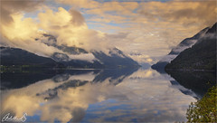 Morning on the Hardangerfjord, Norway (AdelheidS Photography) Tags: adelheidsphotography adelheidsmitt adelheidspictures norway norge noorwegen noruega norwegen norvegia nordic norvege norden hardanger fjord clouds reflection mountains sunlight