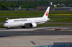Japan Airlines | Boeing | 787-9 | JA865J (TFG Lau) Tags: eddf fra frankfurt airplane aeroplane aircraft aviation plane planespotting spotting canon canoneos eos eos5dmarkiii ahkgapworldwide japanairlines jal jl boeing boeing787 b787 b789 787 7879 ja865j oneworld oneworldalliance dreamliner