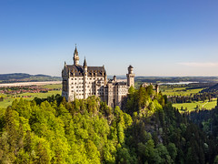 Neuschwanstein Castle (captgerryhare) Tags: autumn schloss medieval hohenschwangau romantic fussen tourist bayern attraction king forest scenic tale bavaria gothic europe destination historic fantasy castle neuschwanstein schwangau landscape building alpine old european nature munich architecture lake sky view landmark german famous blue germany scenery beautiful travel tower fairy ludwig alps palace fairytale tourism bavarian mountain