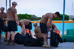 EX TRADEWINDS 2018 (Ti-Blank) Tags: diver exercise extradewinds18 homme hommes man men multinational outdoors plongeur port tradewinds nassau bahamas bs