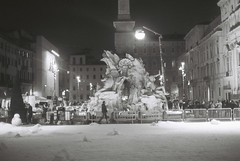 Film Shoot (goodfella2459) Tags: nikon f4 af nikkor 50mm f14d lens ilford delta 400 35mm blackandwhite film analog night piazza navona filmshoot set snow roma italy fountain buildings rome light bwfp