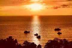 FIVE ISLANDS ; KO HA (aschwarz12@t-online.de) Tags: colors farben insel thailand reflektion atmosphere light paradies sundown sonnenuntergang