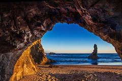 Bandon Beach, Oregon (klauslang99) Tags: klauslang nature naturalworld northamerica bandon beach oregon cave ocean pacific water landscape island ngc