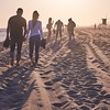 Perfect Saturday (fotografiererei) Tags: strand sonnenuntergang newportbeach balboabeach handinhand lovers couple