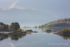 Calm seascape, Sogn og fjordane, Norway (KronaPhoto) Tags: 2018 natur vår calm seascape seaside landscape landskap nature view fjell skjærgård sogn norway