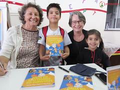 "Visita das autoras Maria Eliza e Nilza Siqueira • <a style=""font-size:0.8em;"" href=""http://www.flickr.com/photos/134435427@N04/27749602627/"" target=""_blank"">View on Flickr</a>"