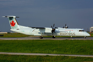 C-GGMQ (Air Canada express - JAZZ)