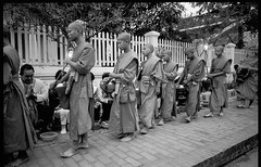 Alms Ceremony - Luang Prabang - Laos (waex99) Tags: 2018 28mm 400iso buddhist extreme leica luangprabang m6 summicron ultrafine alms buddhism film laos march monks luang prabang monk buddha alm almgiving ceremony street asia anawesomeshot indochina southeast louangprabang vientiane muang la mekong temple giving outdoor