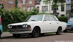 Toyota Crown 2300 1969 (XBXG) Tags: ah8441 toyota crown 2300 1969 toyotacrown meester cornelisstraat kleverpark haarlem nederland holland netherlands paysbas vintage old classic japanese car auto automobile voiture ancienne japonaise japon japan asiatique asian vehicle outdoor