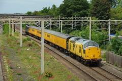 97301 ~ 1Z45 (thehstmatt1) Tags: class97 97301 class37 37025 networkrail 1z45 crewecs derbyrtc wcml miltonkeynes bletchley 08062018