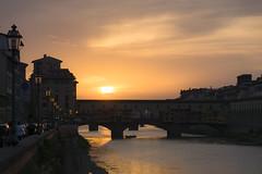 Ponte Vecchio (Philippe RICHARD 37) Tags: italie toscane florence arno firenze ponte vecchio le duomo cathédrale santa maria del fiore palazzo coucher de soleil 2018 sony