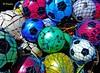 Balls... (Domènec Ventosa) Tags: pelotas mallas colores