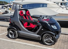 Convertible Smart car, cool. (CWhatPhotos) Tags: cwhatphotos port harbour santa eularia red seats redseats car convertable smart auto smartcar noroof automobile motor small city vehicle photographs photograph pics pictures pic picture image images foto fotos photography artistic that have which contain olympus camera holiday holidays hols hol june 2018 ibizan ibiza