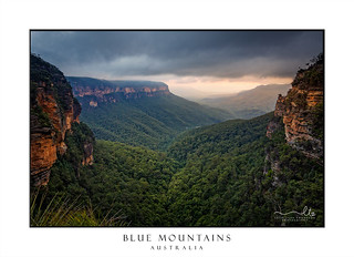 Sunset and clouds over Blue Mountains