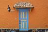 Puertas / Door / Porta (Tato Avila) Tags: colombia colores cálido casas puerta pueblitoboyacense boyacá duitama door arquitectura colombiamundomágico