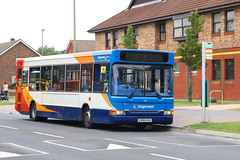 GX56 KVU, Dunsbury Way, Havant, July 15th 2017 (Southsea_Matt) Tags: gx56kvu 35118 dunsburyway parkparade havant hampshire unitedkingdom england canon 80d sigma 1855mm july 2017 summer bus omnibus vehicle passengertravel publictransport dennis dart stagecoachhampshire southdown