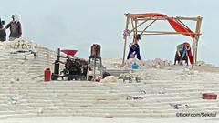 Limestone Quarry, Bukit Jaddih, Bangkalan, Madura Island (Sekitar) Tags: pulau madura suramadu insel island indonesia provinsi jawa timur ostjava java eastern limestone quarry bukit jaddih bangkalan worker work job white kalk steinbruch