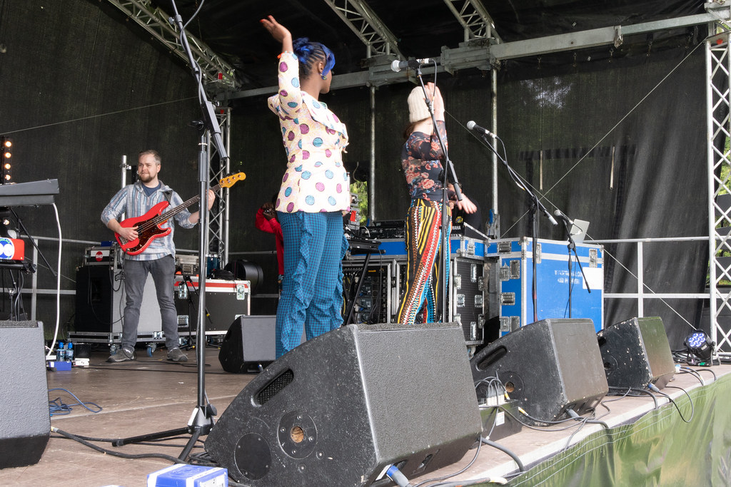 SHOOHRAH ALL THE WAY FROM CORK [PERFORMING AT AFRICA DAY 2018 IN DUBLIN]-140605