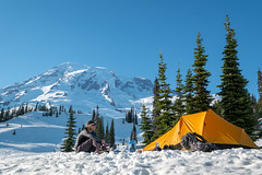 Paradise Snow Camping (Laura Jacobsen) Tags: mountains mtrainier mtrainiernationalpark nationalparks rainier snow washington