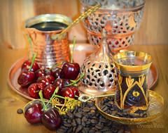 """Nights Of Arabia"" (nyomee wallen) Tags: nightsofarabia goldcoffee arabic tea cups set giftfromthefriends thank you gold coffee coffeemorning"