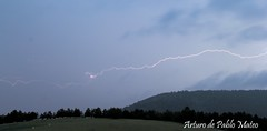 Días de tormenta (de P. M.) Tags: sanleonardo soria tormenta primavera pinares paisaje rayo relámpago
