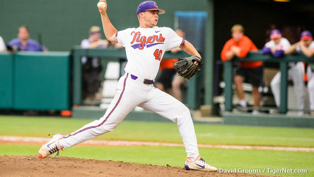 Clemson Photos: Owen  Griffith, 2018, Baseball, vanderbilt, ncaaregional