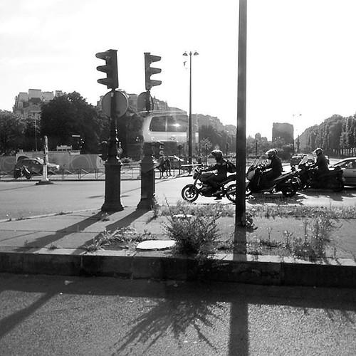 #Paris #alma
