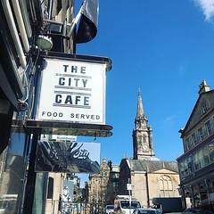 We're enjoying the sunshine on Blair Street! Milkshakes & iced coffees to celebrate 😋 #citycafeedinburgh #blairstreet #edinburgh (The City Cafe Edinburgh) Tags: instagram city cafe edinburgh food diner eating bar drinking scotland citycafe