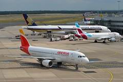 """Sierra de Cameros"" Iberia EC-ILS Airbus A320-214 cn/1809 @ EDDL / DUS 16-06-2017 (Nabil Molinari Photography) Tags: sierradecameros iberia ecils airbus a320214 cn1809 eddl dus 16062017"