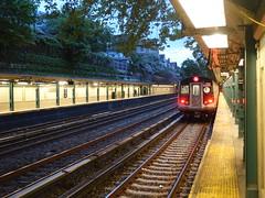 201805073 New York City subway station 'Beverley Road' (taigatrommelchen) Tags: 20180519 usa ny newyork newyorkcity nyc brooklyn dusk icon urban city railway railroad mass transit subway station train mta r160b