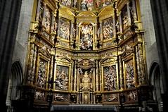 Astorga (León-España). Catedral. Retablo Mayor de 1584, obra de Gaspar Becerra. Zona inferior (santi abella) Tags: astorga león castillayleón españa catedraldeastorga retablos