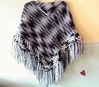 Manualidades - Poncho tejido a crochet
