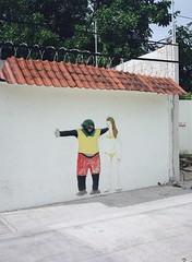 Tulum (-Hug-) Tags: filmphotography filmisnotdead analog shootfilm film 120mm mediumformat fujiga645 ga645 kodak portra400 portra street wall mexico tulum