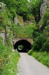 Hopton Tunnel (Blue sky and countryside) Tags: hoptontunnel highpeaktrail derbyshire wirksworth england walking exercise healthy pentaxkx