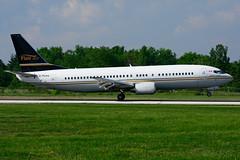 C-FLHJ (Flair Air) (Steelhead 2010) Tags: flairair boeing b737 b737400 yhm creg cflhj